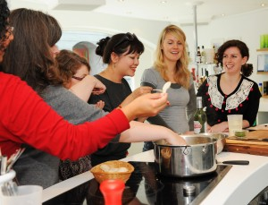 Bloggers bolting bouillabaisse