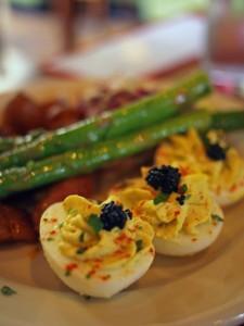 Devilled eggs, asparagus